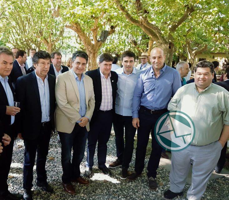 Nedela en el Foro de Intendentes de Cambiemos para asirse de los lineamientos de Vidal