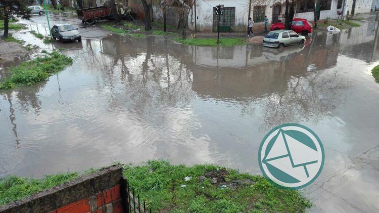 Tras el temporal, le exigen a Garro que ponga fin a las inundaciones