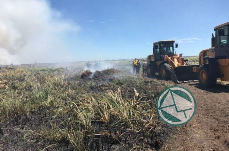 Incendio en la reservade Punata Lara sabado 3 0104