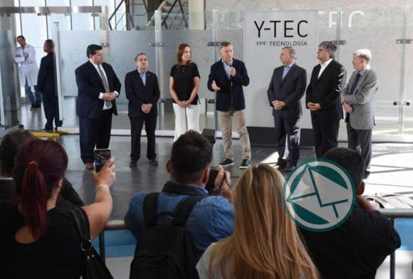 Macri y Vidal recorrieron en Berisso el Y-Tec y el intendnete Jorge Nedela acompañó 01