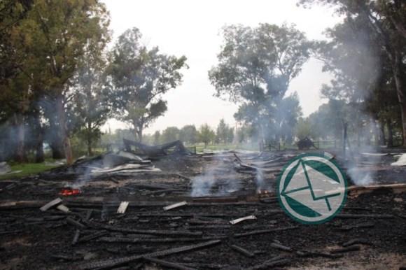 ataque a cabañas Parque Martin Rodriguez 1