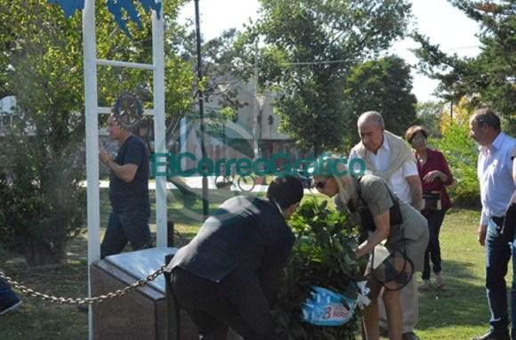 Homenaje del Rotary Club de Berisso a los Héroes de Malvinas 06