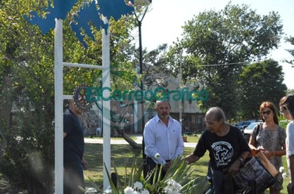Homenaje del Rotary Club de Berisso a los Héroes de Malvinas 07