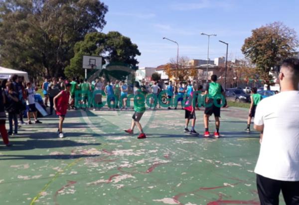 Jornada de básquet solidario de Identidad Berissense 3