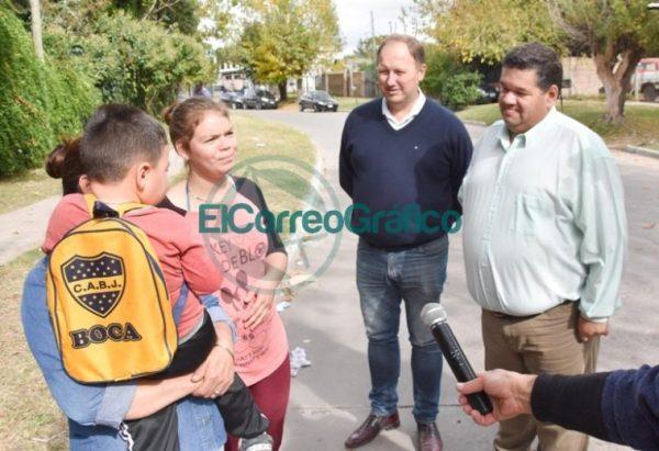 Nedela paseó por El Carmen junto a los comisarios locales 03