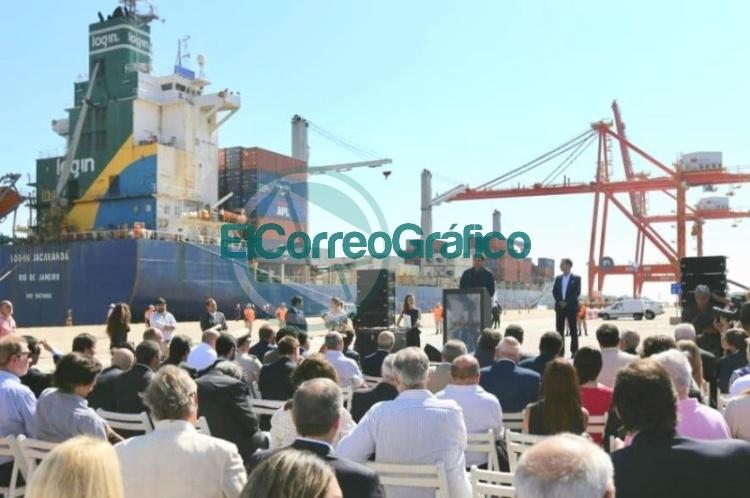 """Se puso en funcionamiento la terminal portuaria de contenedores """"TecPlata"""""""