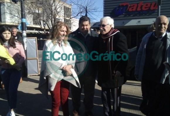 Claudia Rucci pasó por Berisso en su recorrido del frente Juntos por el Cambio 02