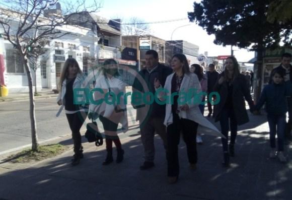 Claudia Rucci pasó por Berisso en su recorrido del frente Juntos por el Cambio 07