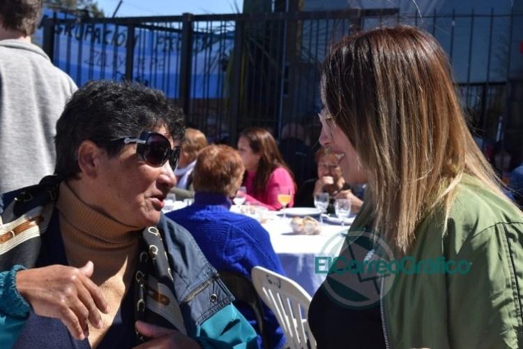"""Valeria Domínguez: """"Los adultos mayores deben volver a ser prioridad en Pilar"""""""