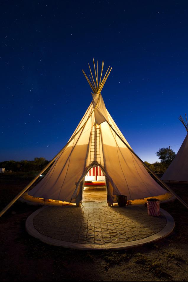 Safari Tents  El Cosmico