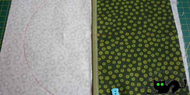 Tela de fondo marcada y lla tela de los bolsillos presentada en el lugar donde la coseremos