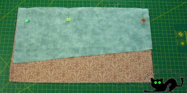 Ponemos las dos telas derecho con derecho y cosemos