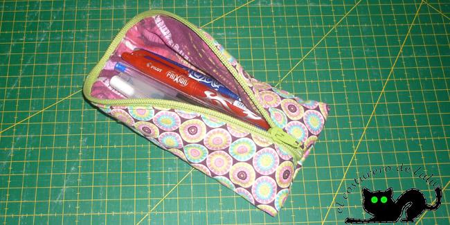 Mi estuche con los bolígrafos de patchwork, tal vez lo use para guardarlos