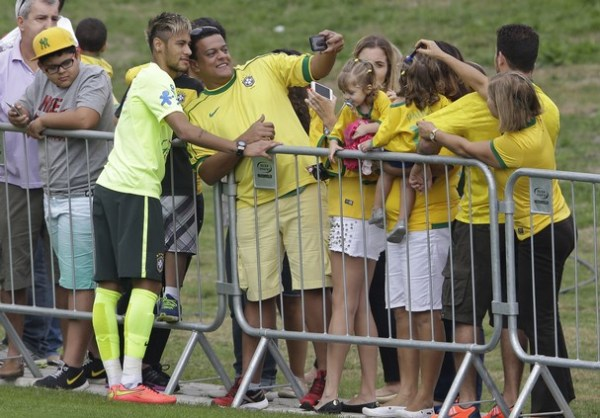 Brazil_Soccer_WCup_Cord1_t607