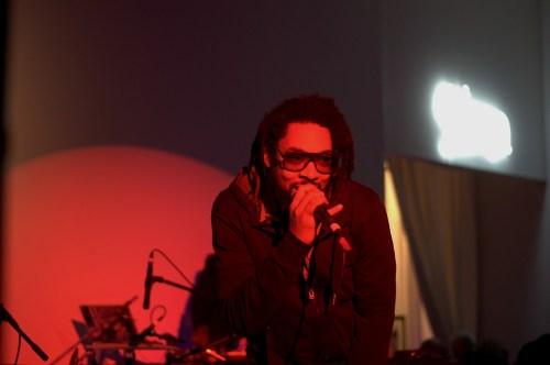 Questlove - TheMusic.FM