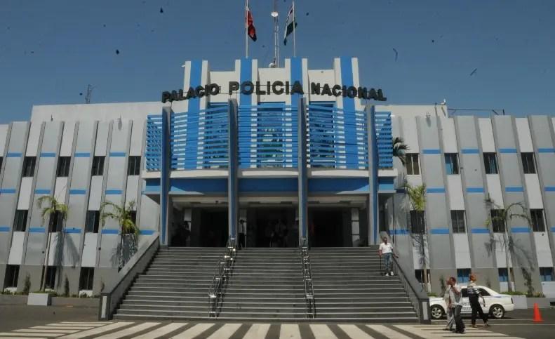 Nueva Fachada De Palacio De La Policia Nacional. HOY.Alina Mieses.4.5.2014