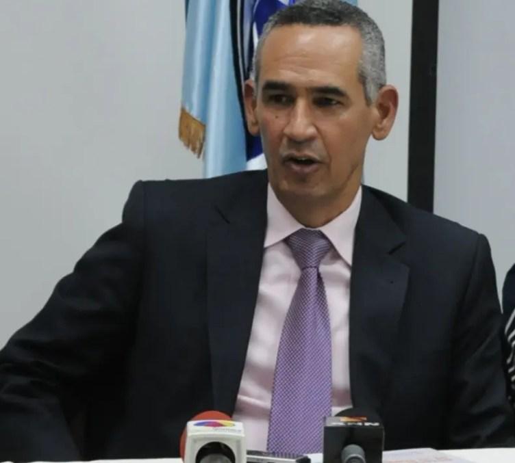 Alberto Holguín fue director del Inapa y rechaza imputaciones.