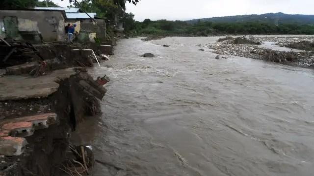rios-desbordados-arrasaron-con-decenas-de-viviendas-en-muncipios-de-la-provincia-puerto-plata-3