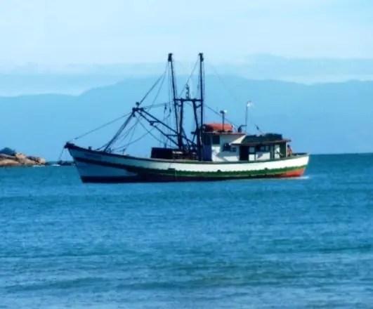 liberan-barco-con-59-pescadores-dominicanos-que-estaban-bajo-custodia-en-jamaica-portada