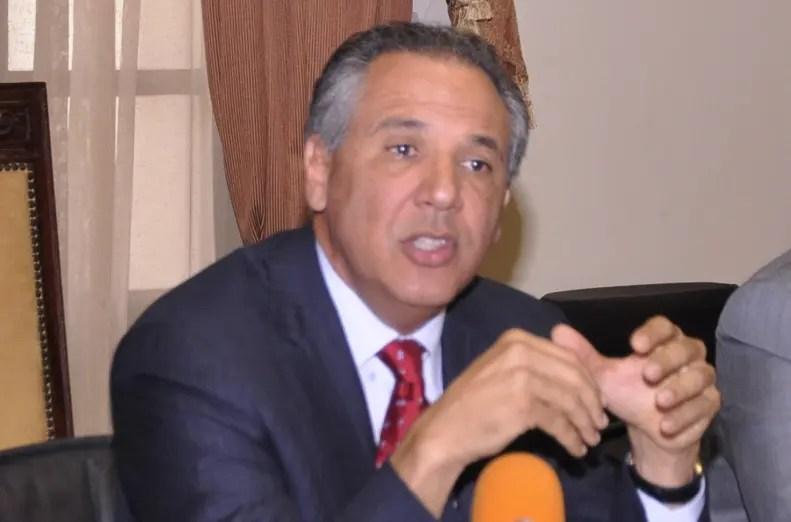 Peralta rechaza acusación del PRM, advierte le sometería a la justicia