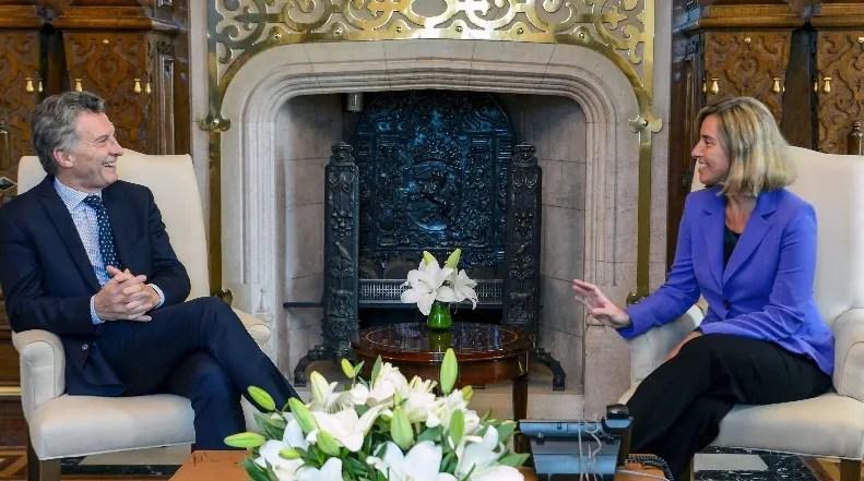 Renuncia de canciller argentina señala fracaso de política exterior