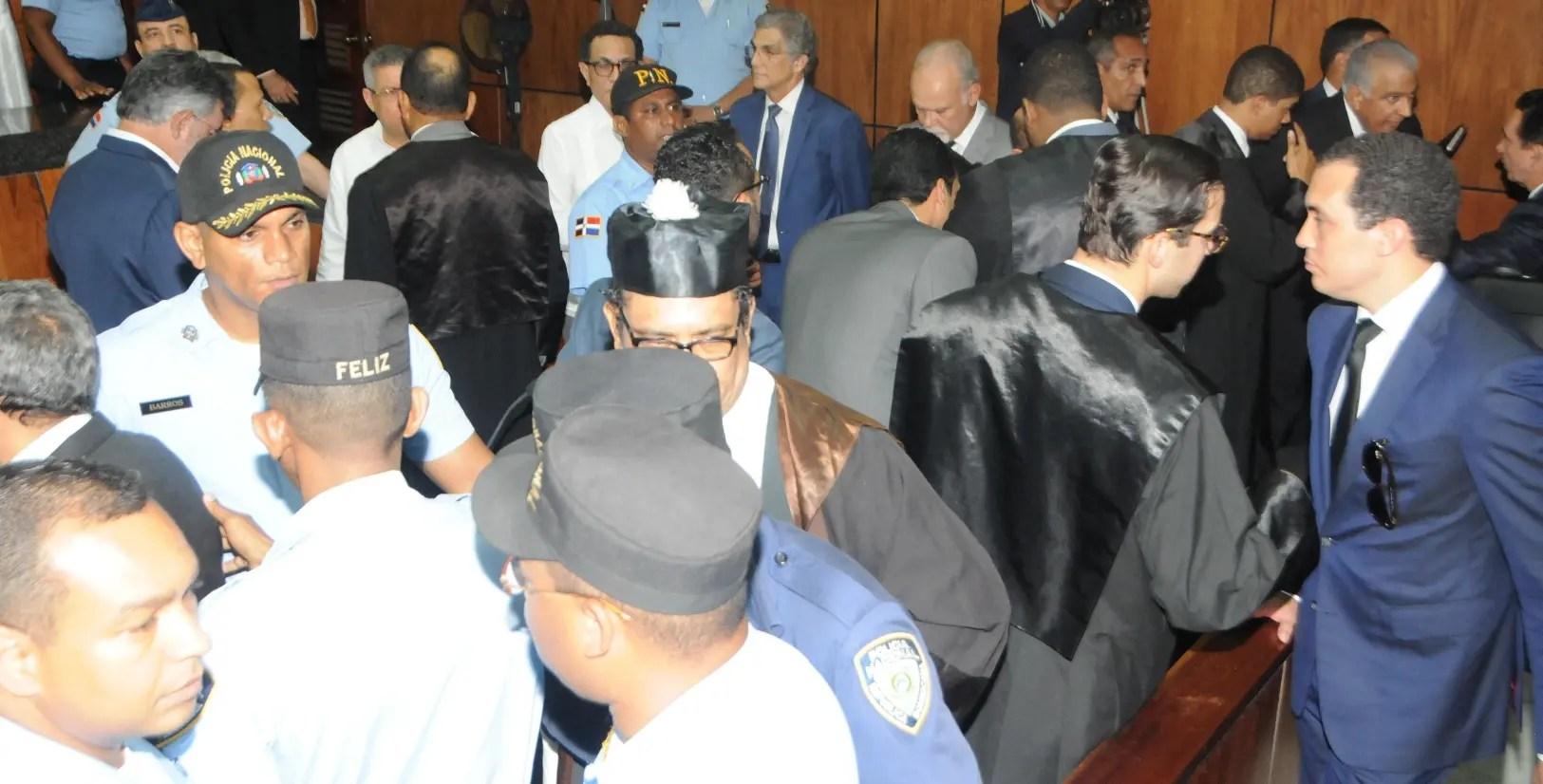 Familia de Ángel Rondón inspeccionan celda donde cumplirá medida coerción