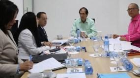 El ministro de la Presidencia se reunió con los constructores