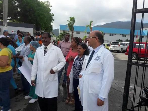 medicos-en-huelga-en-el-hospital-de-puerto-plata