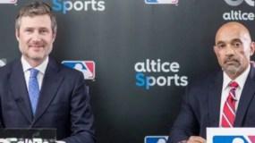 Martin Roos, de Altice,   junto a Rafael Oscar Pérez, de MLB.