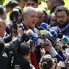 El presidente electo de Colombia recibió las felicitaciones de su opositor Gustavo Petro .  AP