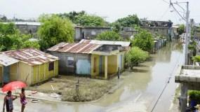 Muchos barrios de esta provincia del sur quedaron inundados por problemas de inundaciones por las lluvias.   elieser tapia