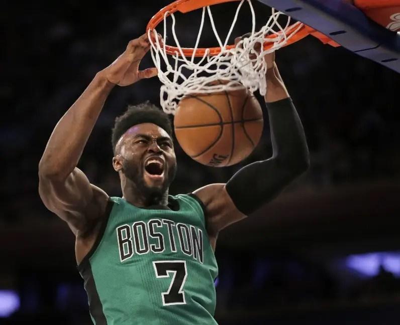 Jaylen Brown apuesta al talento de los   Celtics de Boston. aP