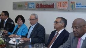 Los principales miembros de Participación Ciudadana  trataron varios temas  durante su participación en el Almuerzo del Grupo Corripio.  Elieser Tapia