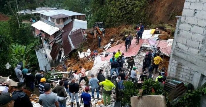 Derrumbe en Colombia deja un saldo de 11 fallecidos