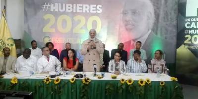 Juan Hubieres durante el lanzamiento de su precandidatura presidencial