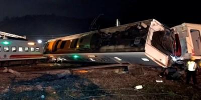 El tren expreso Puyuma 6432, que iba desde Shulin a Taitung y llevaba 366 pasajeros a bordo, descarriló a las 16.50 horas locales (08.50 GMT).