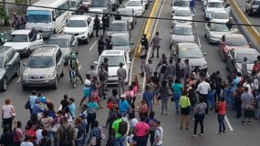 Así luce la avenida 27 de Febrero casi esquina Máximo Gómez. Foto tomada de @Telenoriciasrd.