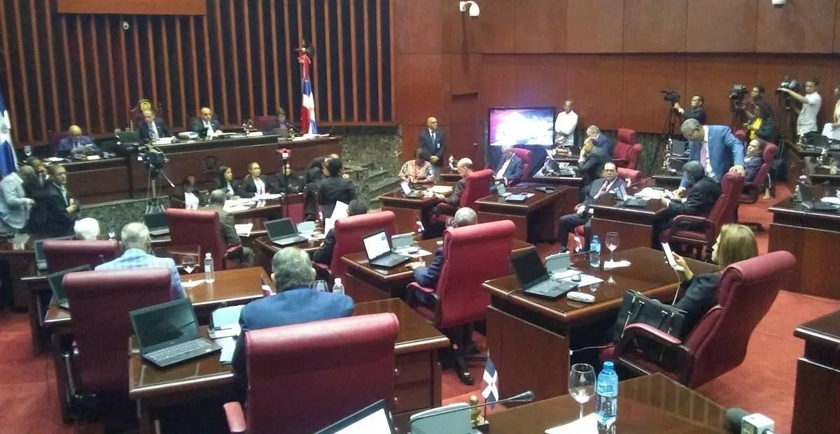 Proyecto de reforma constitucional no está en la agenda de sesión del Senado