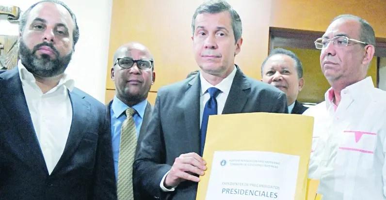 PRM y PLD inscriben a más de 11 mil aspirantes