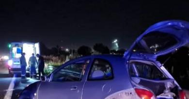 """Violento ataque de """"tira piedras"""" en intento de robo culminó en un accidente vehicular"""