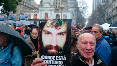 La multitudinaria marcha por Santiago Maldonado en la Plaza de Mayo