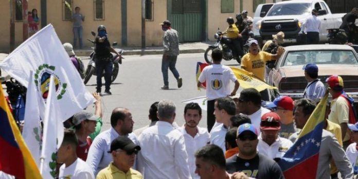 Juan Guaidó habría sido víctima de un ataque en Barquisimeto.