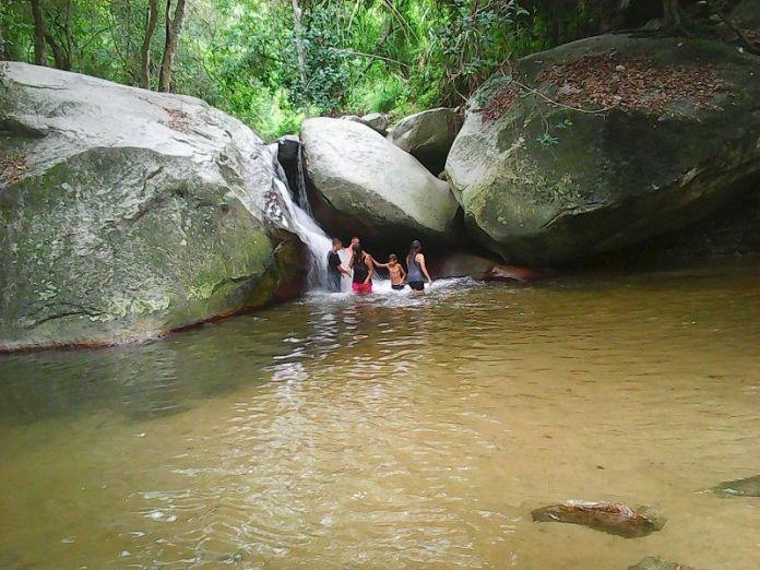 Bañistas en el Parque Las Cocuizas