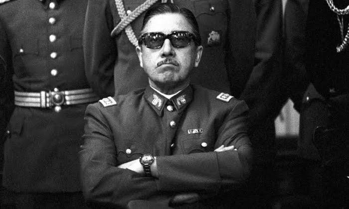 """La """"falacia"""" de la Paz Social: reconciliación impuesta como solución a las heridas de la Dictadura en Chile."""