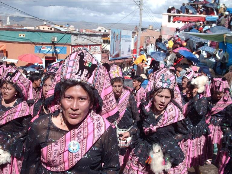 Carnaval de Oruro; ebriedad y folklore.