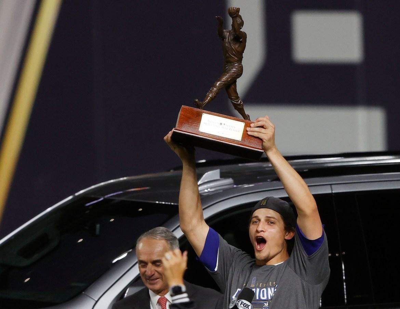 Corey Seager, feliz por ser nombrado MVP de la Serie Mundial