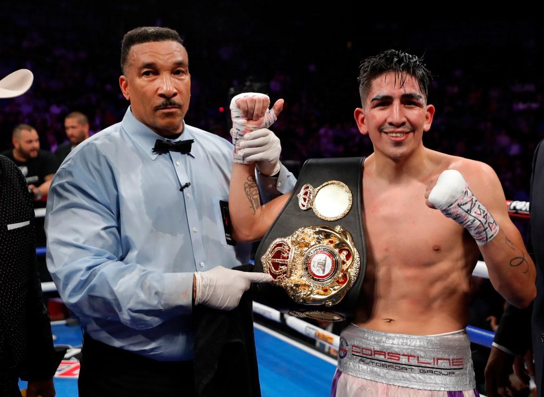 Leo Santa Cruz dedicará su pelea contra Gervonta Davis a su padre, quien es un sobreviviente del cáncer y el coronavirus