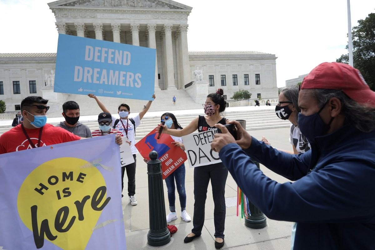 'Dreamers' en riesgo de deportación; más de 50,000 sin poder tener DACA