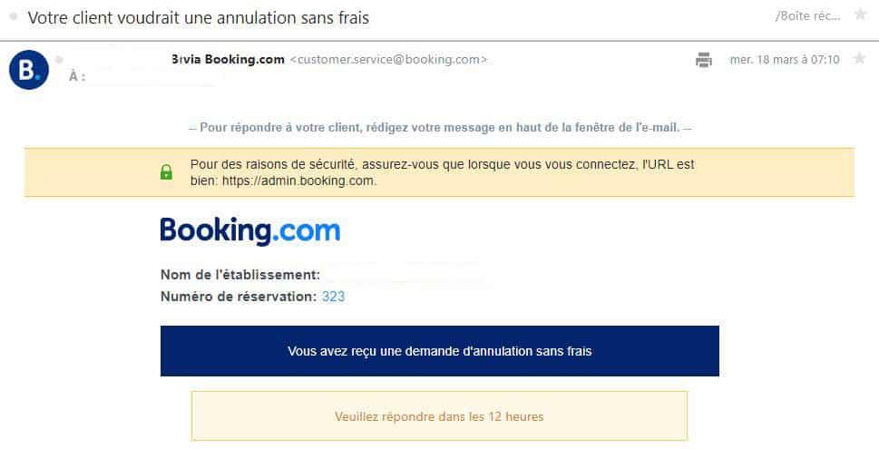 Exemple de mail reçu par le propriétaire pour valider ou non une demande d'annulation sans frais sur Booking