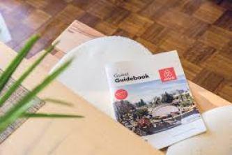 Airbnb renforce ses liens avec les hôtels